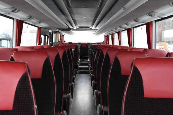 Sedačky v Irisbusu Evadys